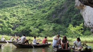 BIKING HIDDEN PATHS OF MAI CHAU & NINH BINH